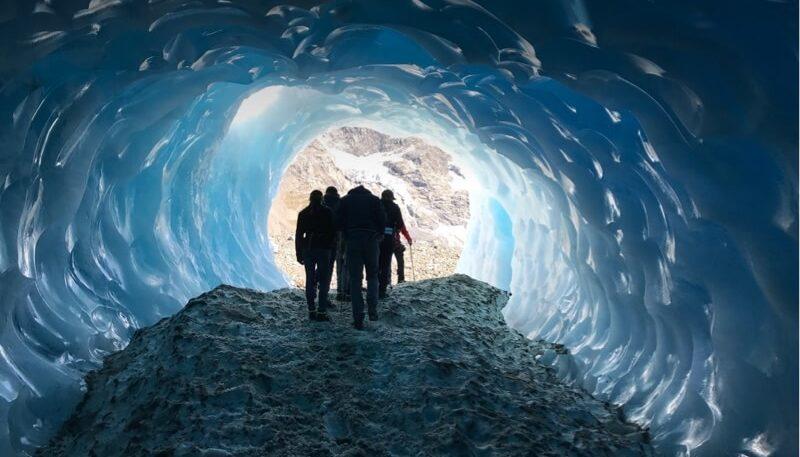 Mount Cook glacier or heli-hike