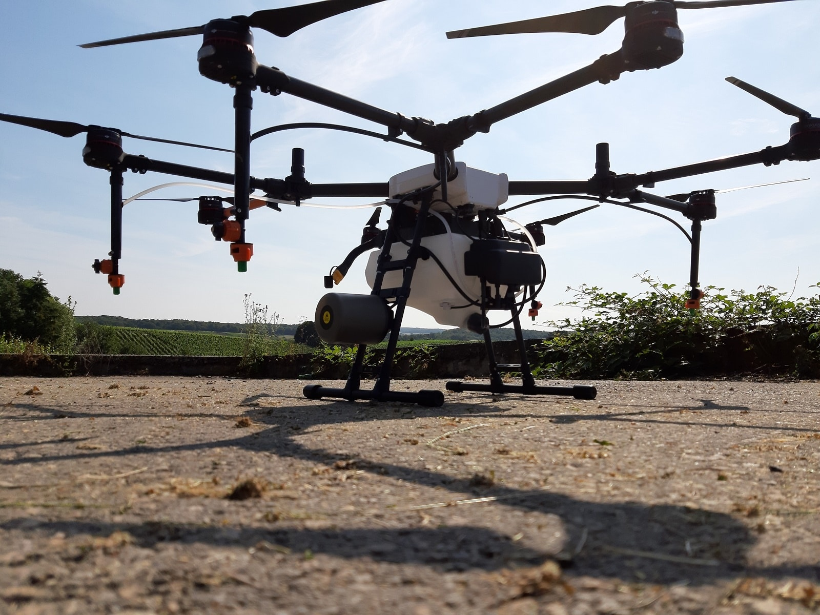 Luxaviation Group and Domaine L&R Kox fly drone pilot project for the spraying of vineyards in Luxembourg