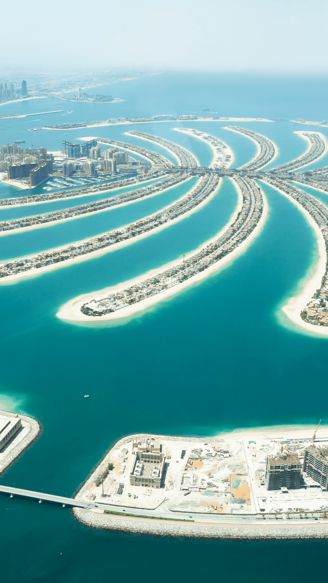 Dubai: From desert outpost to chic city of gold